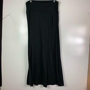 Mossimo maxi skirt Women's large black